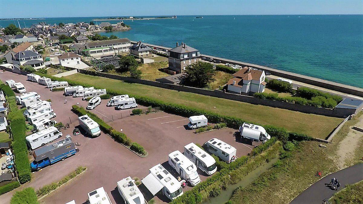 Quelles sont les 5 offres de mobil-homes à louer au camping La Gallouette dans la Manche ?