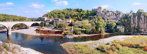 Top 3 des différents types d'hébergements pour un séjour en Ardèche